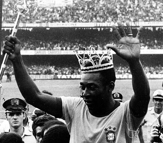 Пеле — лучший футболист XX века по мнению многих авторитетных изданий