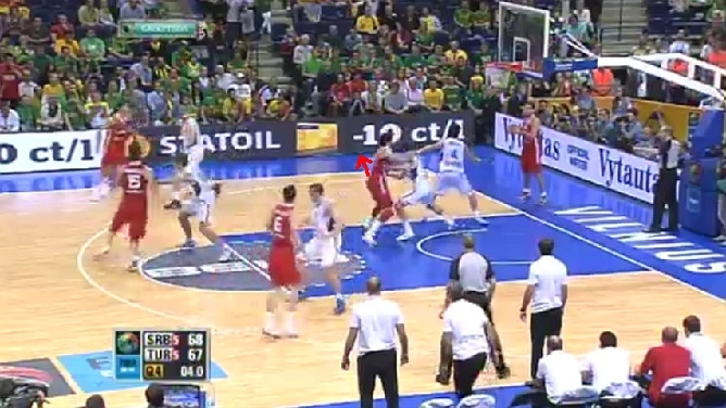 Разбор последней атаки сборной Турции в поединке против национальной команды Сербии (4)