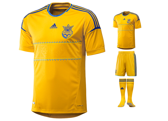 Форма сборной Украины