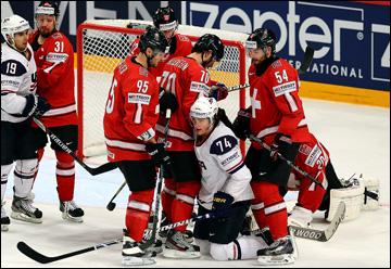 18 мая 2013 года. Стокгольм. Чемпионат мира. 1/2 финала. Швейцария — США — 3:0. Еще одна американская атака задушена