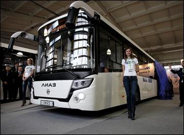 В среду Оргкомитету Сочи-2014 была передана первая партия олимпийских автобусов