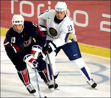 Андрей Пчеляков против сборной США на Олимпиаде-2006 в Турине