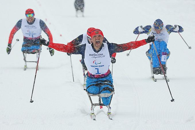 Роман Петушков выигрывает своё очередное золото Паралимпиады в Сочи