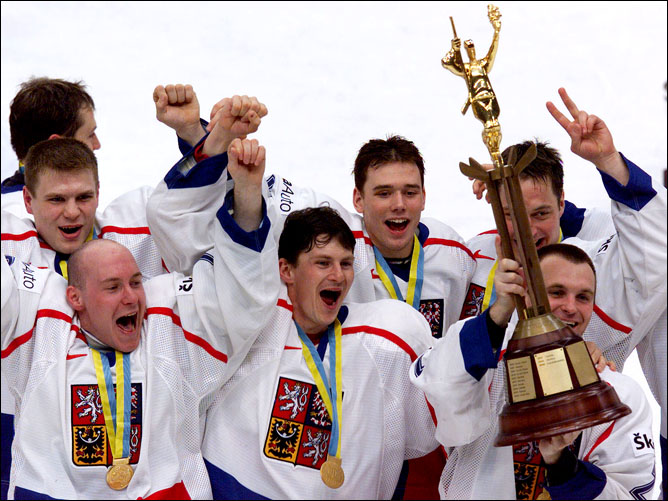 Хоккей. История чемпионатов мира. Часть 20. ЧМ-2000. Фото 08.