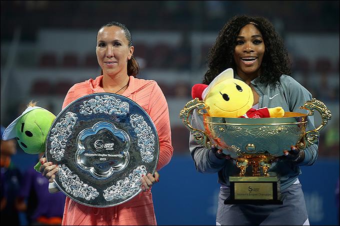Серена Уильямс обыграла Елену Янкович в финале Пекина