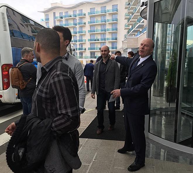 Главный тренер сборной Востока Майк Кинэн
