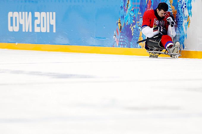 Дэвид Палат переживает вылет сборной Чехии из турнира по следж-хоккею после поражения от Канады