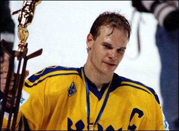 Во славу ИИХФ. Часть 141. Томас Рундквист — капитан сборной Швеции