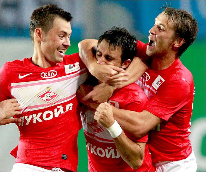 Динияр Билялетдинов, Николас Пареха и Дмитрий Комбаров
