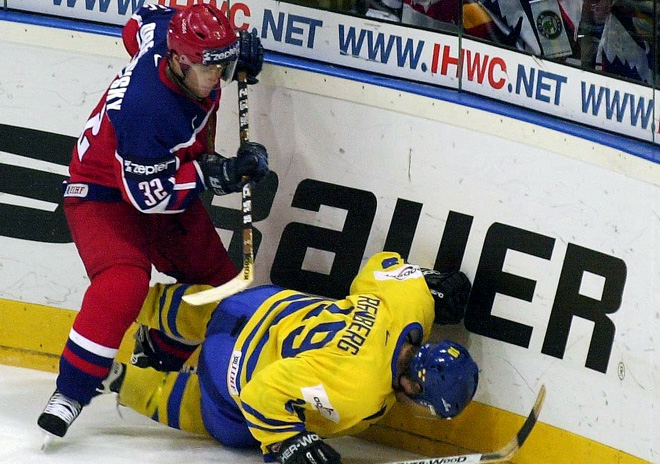 9 мая 1999 года. Чемпионат мира. Групповой этап. Россия — Швеция — 1:4