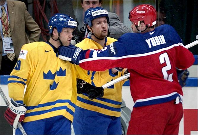 Хоккей. История чемпионатов мира. Часть 22. ЧМ-2002. Фото 02.