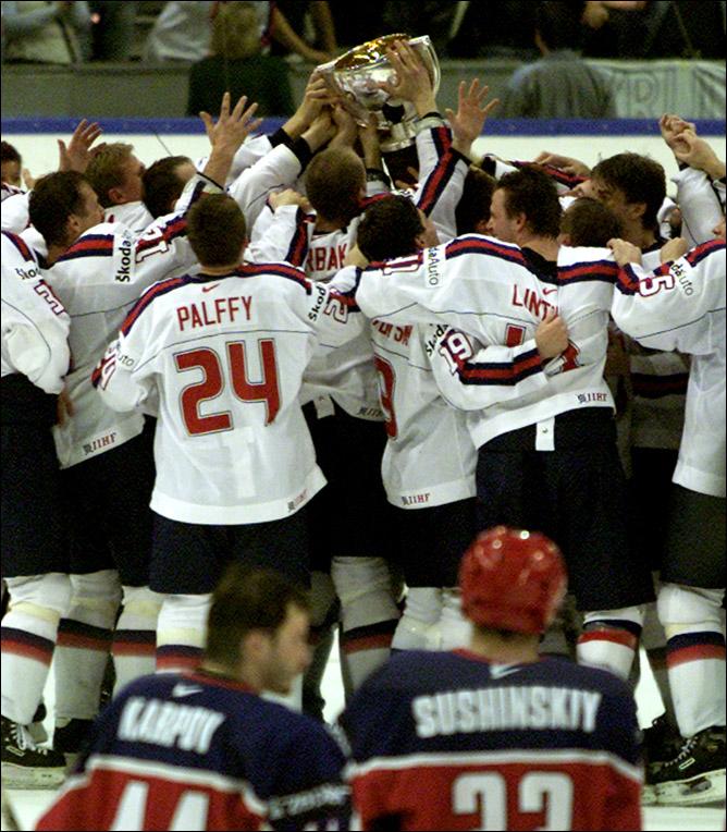 Хоккей. История чемпионатов мира. Часть 22. ЧМ-2002. Фото 09.