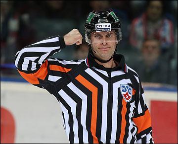 Эдуард Одиньш — дважды лучший арбитр КХЛ