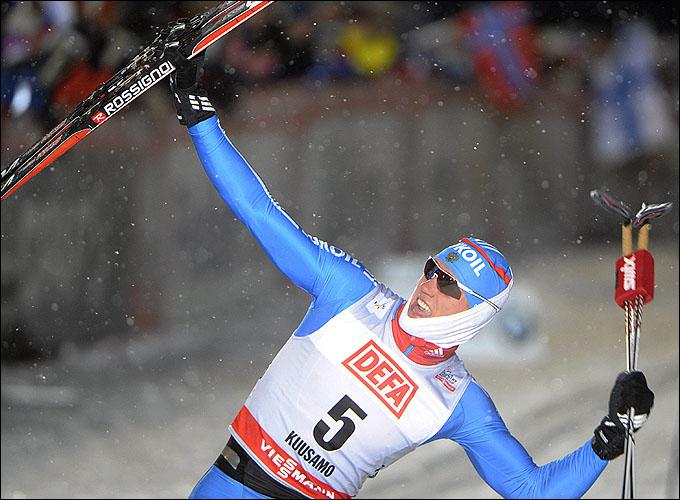 Никита Крюков одержал блестящую победу на этапе КМ в Куусамо