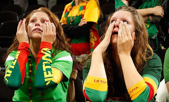 Болельщицы сборной Литвы