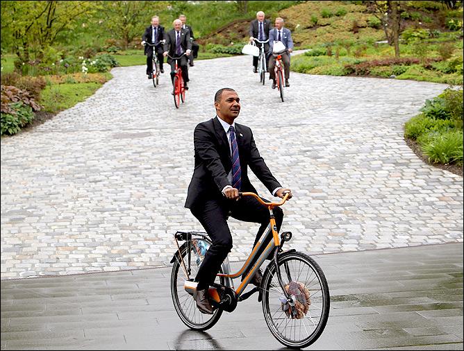 Гуллит планировал пересадить весь футбольный мир на велосипеды!