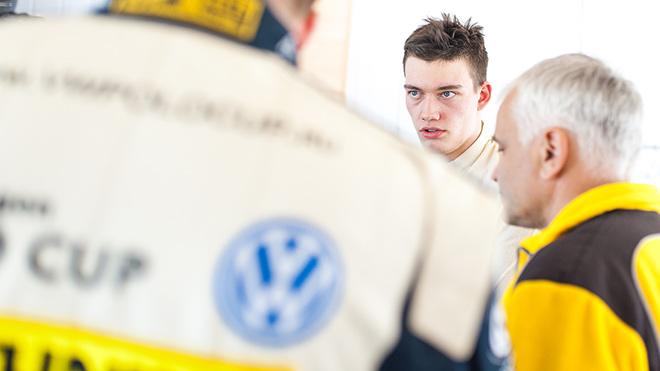 17-летний Денис Булатов, выступающий на VW Polo в классе «Туринг-лайт»