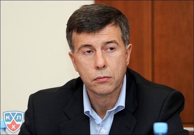 """Генеральный менеджер ХК """"Лада"""" Игорь Жилинский"""