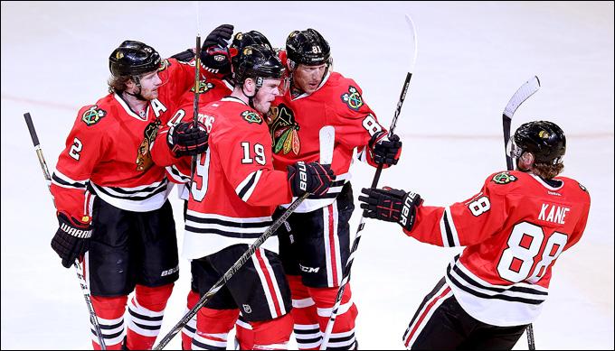 """16 мая 2013 года. Чикаго. Плей-офф НХЛ. 1/4 финала. Матч № 1. """"Чикаго"""" — """"Детройт"""" — 4:1. Хозяева победили """"за явным преимуществом"""""""