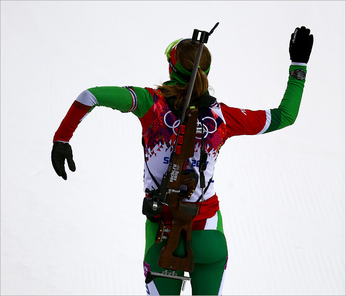 Уверенная победа Дарьи Домрачевой в биатлоне
