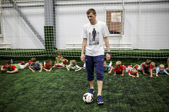 Спорт - детям. Олег Иванов открыл свою академию