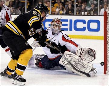 "15 апреля 2012 года. Бостон. Плей-офф НХЛ. 1/8 финала. ""Бостон Брюинз"" — ""Вашингтон Кэпиталз"" — 1:2 (2 ОТ)"