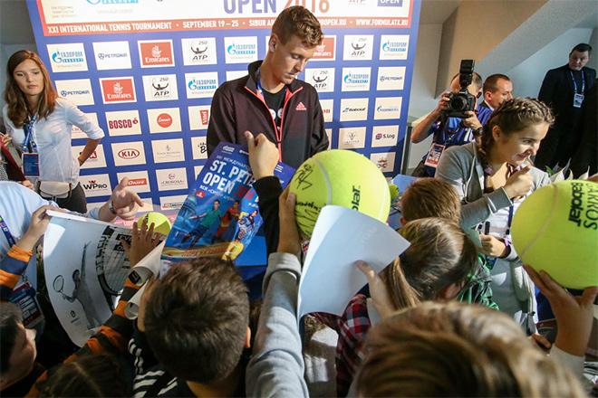 Александр Медведев: Зверев снова обосновал, что он феноменальный и многообещающий игрок