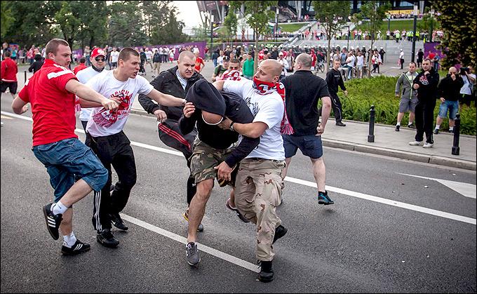 Конфликт польских и российских болельщиков