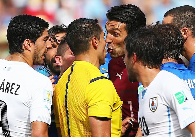 И бесполезные споры итальянцев с судьёй