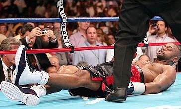 25 сентября 2004 года. Полутяжёлый вес. Соперник – Глен Джонсон. Нокаут в девятом раунде.