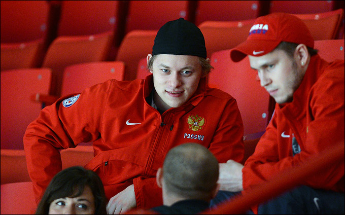 Владимир Тарасенко и Константин Барулин во время матча с Италией
