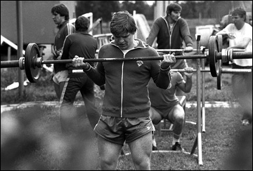 Владимир Крутов на тренировке, 1982 год