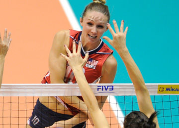 В атаке капитан сборной США Кристин Хильдебранд