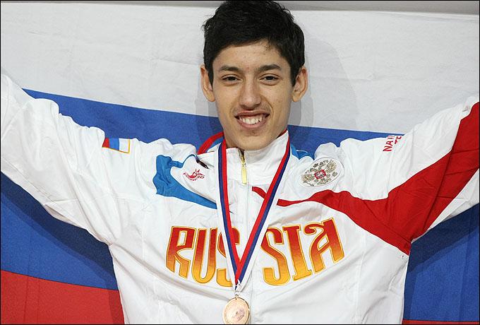 Алексей Денисенко выиграл чемпионат Европы и поборется за олимпийский пьедестал