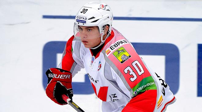 Лучший защитник недели Антон Капотов хорошо известен в Новокузнецке