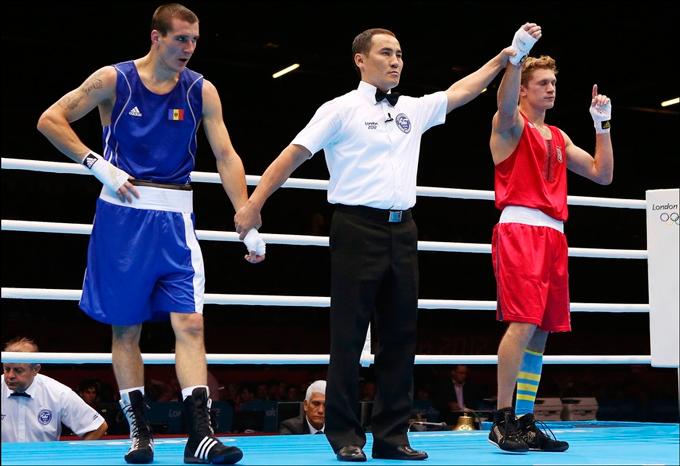Чемпион мира-2011 Тарас Шелестюк начал с уверенной победы