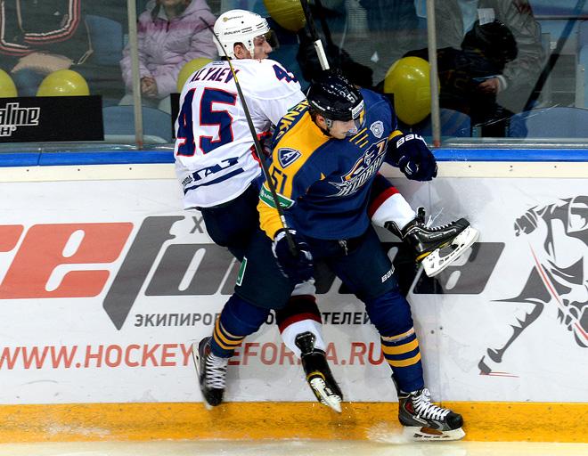«Надежда лиги» Артём Аляев успел провести за «Торпедо» матч в Мытищах