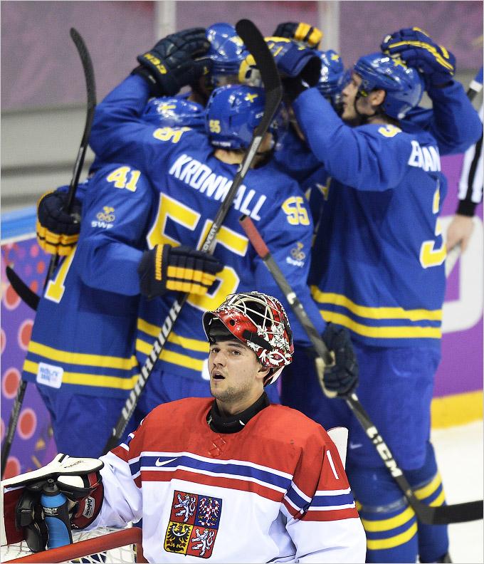 Старт мужского хоккейного турнира: Чехия — Швеция