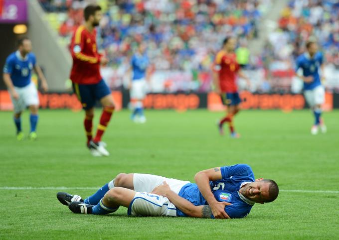 В 2012 году итальянцы вышли в финал чемпионата Европы, но проиграли испанцам, а Мотта получил очередное повреждение