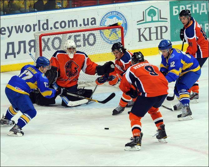 17 декабря 2011 года. Чемпионат мира (U-20). Дивизион II. Украина – Нидерланды – 7:0.