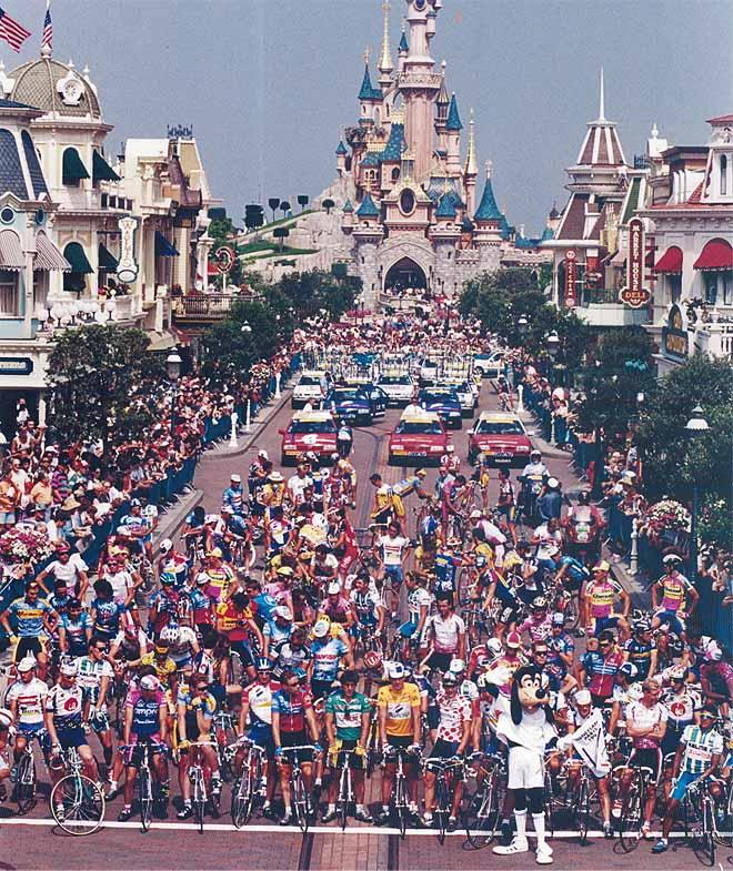 Заключительный этап «Тур де Франс-1994» начинался у Диснейленда