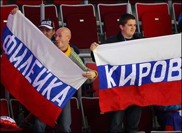 За кого на матче Швеция — Чехия болеют Филейка и Киров?