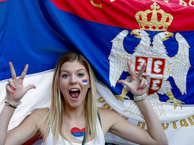 Болельщица сборной Сербии
