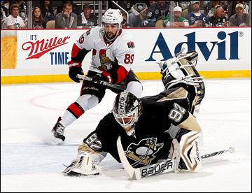 """14 мая 2013 года. Питтсбург. Плей-офф НХЛ. 1/4 финала. Матч № 1. """"Питтсбург"""" — """"Оттава"""" — 4:1. Попробуй, обыграй такого Вокоуна!"""