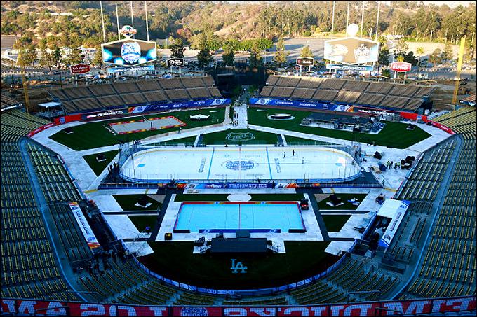 Dodger Stadium в Лос-Анджелесе готов к приему хоккея