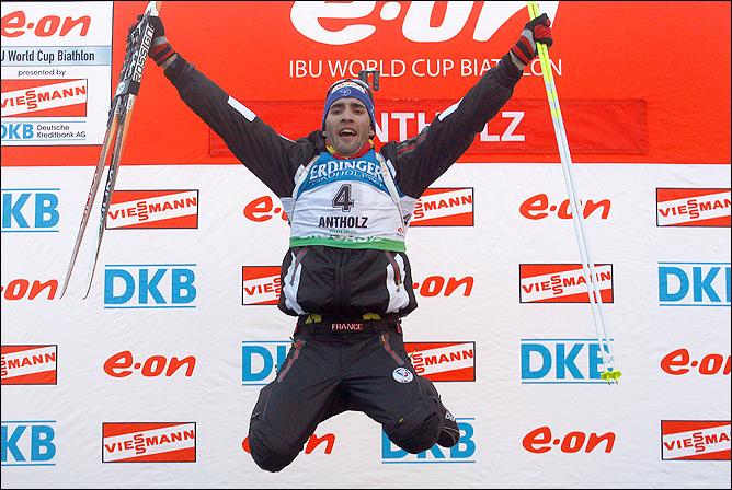 Прыгающий мальчик биатлона. Интересно, а Шумахер лучше прыгает?