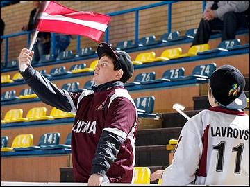 20 апреля 2012 года. Зноймо. Юниорский чемпионат мира. Утешительный турнир. Чехия — Латвия — 7:4