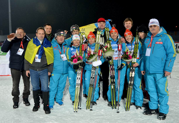 Сборная Украины с триумфом вернулась на родину