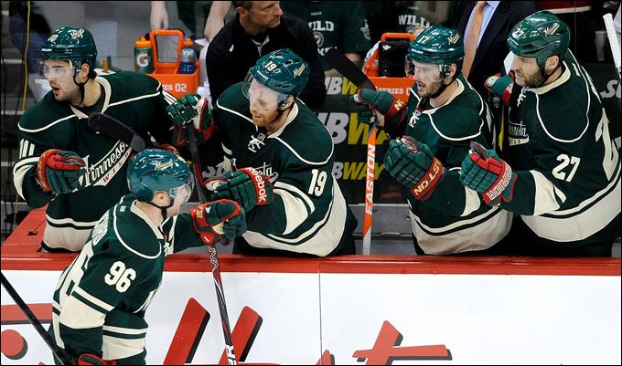 """5 мая 2013 года. Сент-Пол. Плей-офф НХЛ. 1/8 финала. Матч № 3. """"Миннесота"""" — """"Чикаго"""" — 3:2 (ОТ). Есть первая победа """"Миннесоты"""" в нынешнем плей-офф!"""