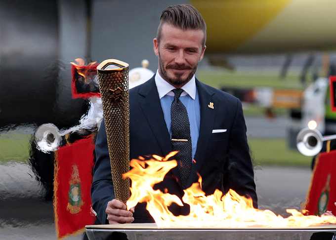 Дэвид Бекхэм должен сыграть на Олимпиаде в Лондоне